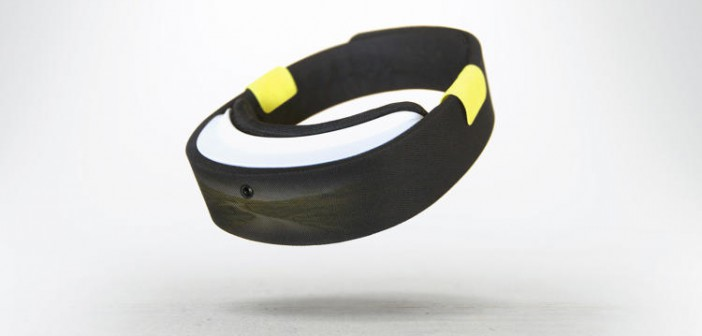 3058308-slide-1-the-perfect-vr-headset-is-actually-just-a-hoodie